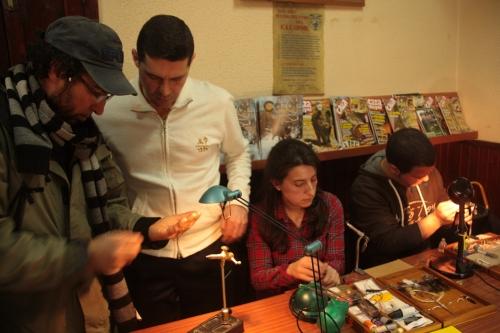 Taller curso de montaje de moscas artificiales del Club de Caza del valle de Mena